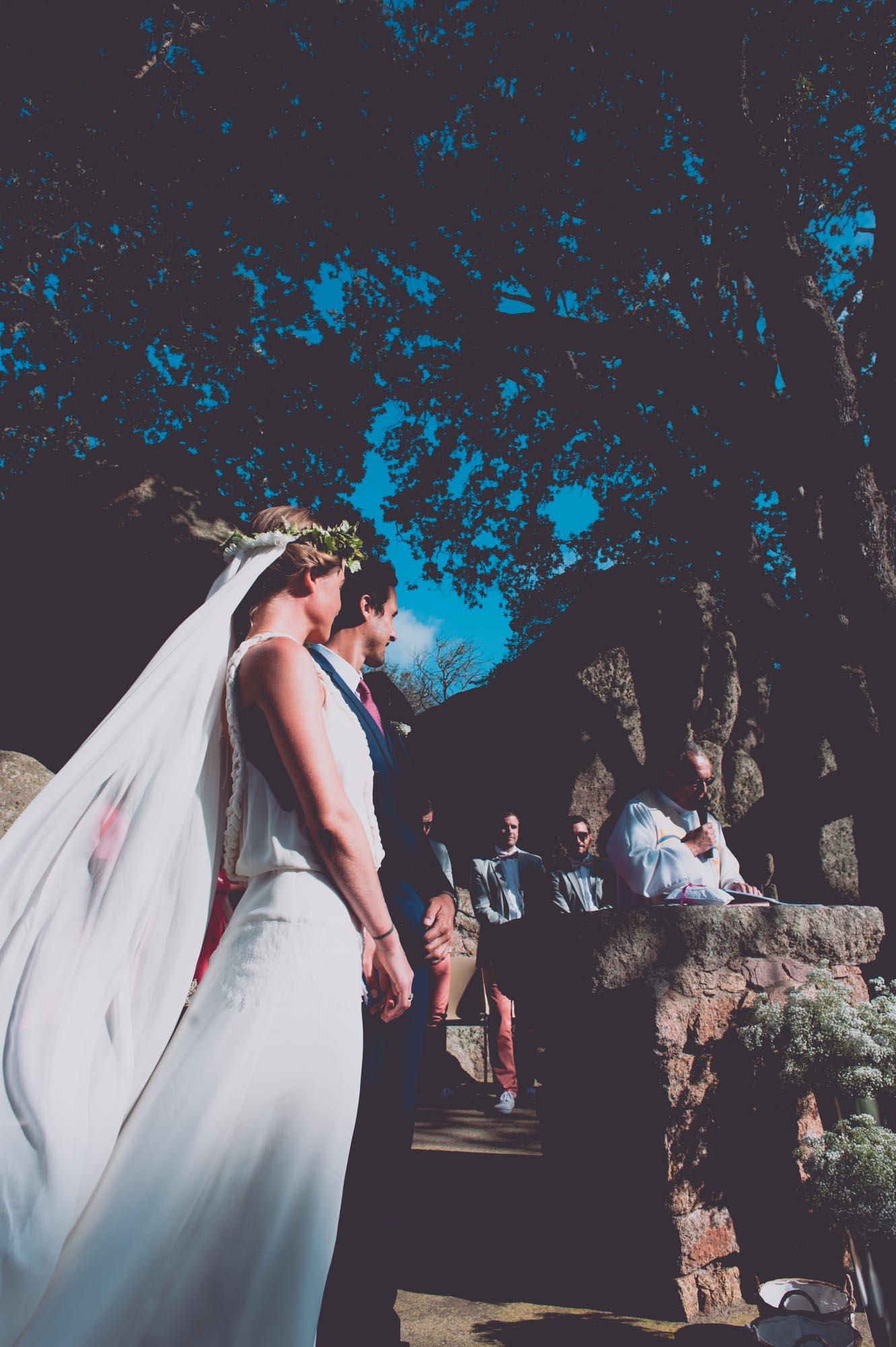 Photographe mariage bohème chic Corse Bonifacio - C et A (65)