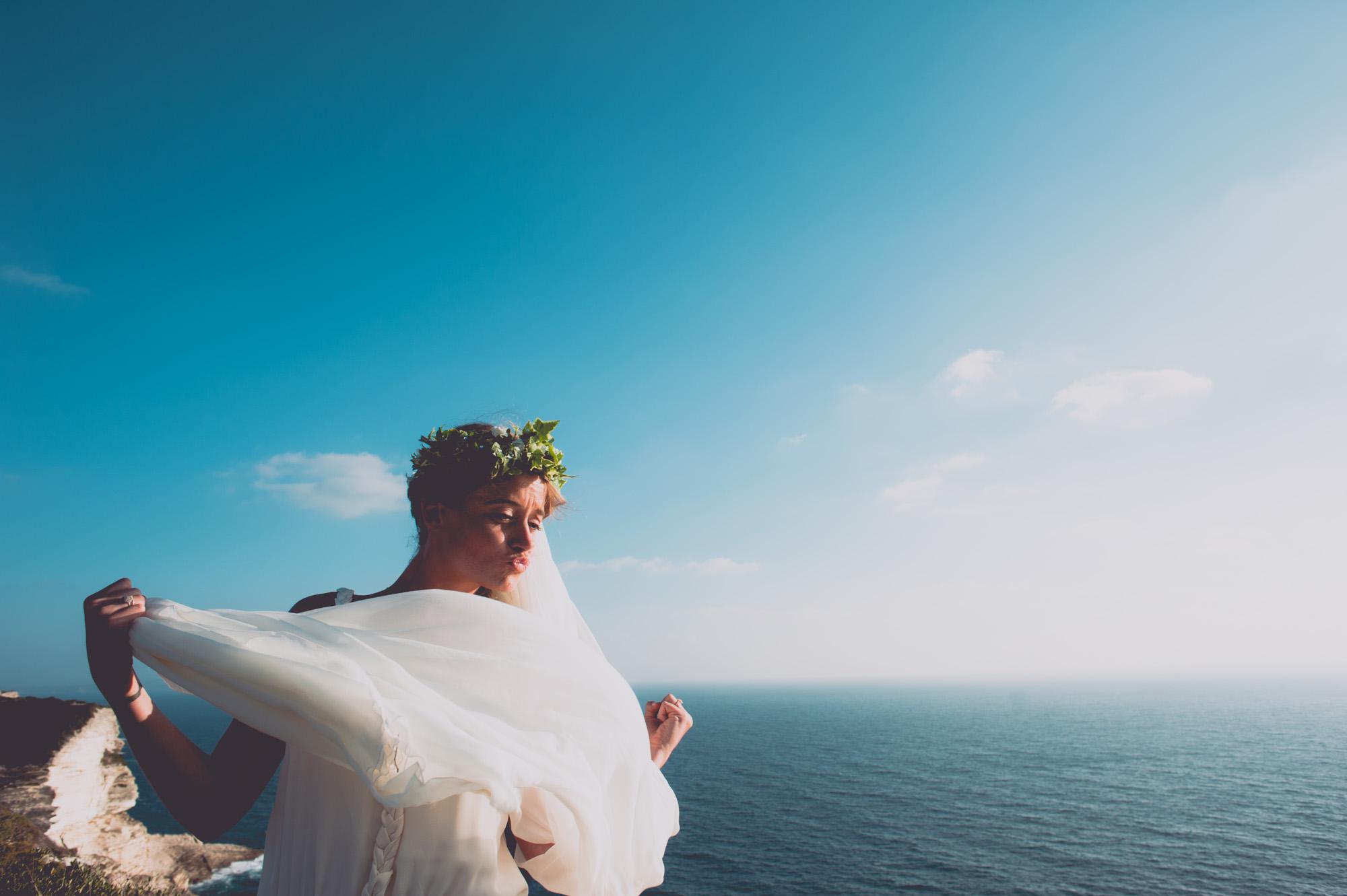 Photographe mariage bohème chic Corse Bonifacio - C et A (83)